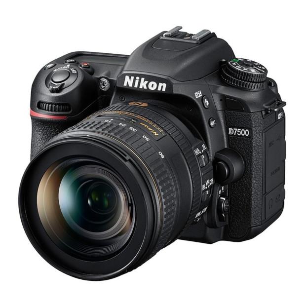 Nikon D7500 + AF-S DX 16-80mm F2.8-4.0E ED VR
