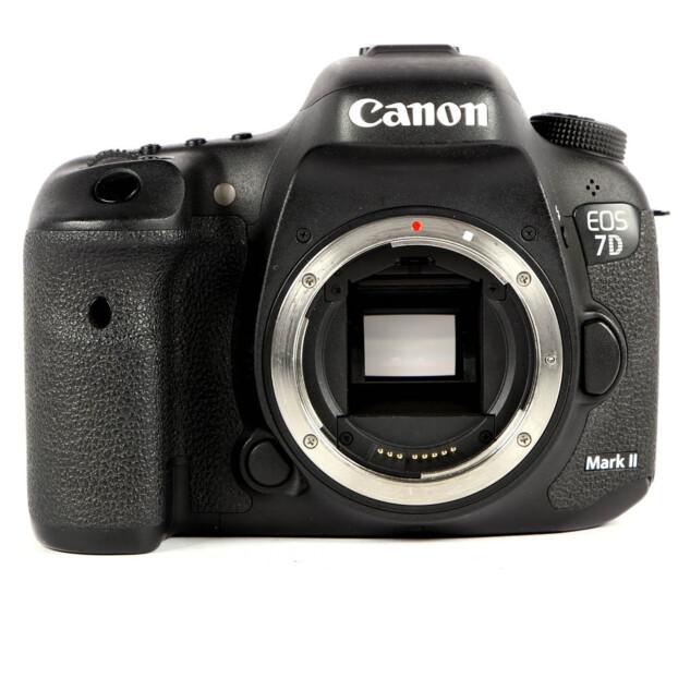 Canon EOS 7D Mark II Body Occasion 9975