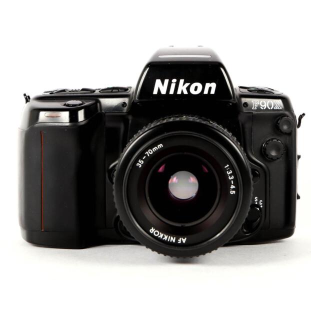 Nikon F90X + 35-70mm F3.3-4.5 Occasion 9714