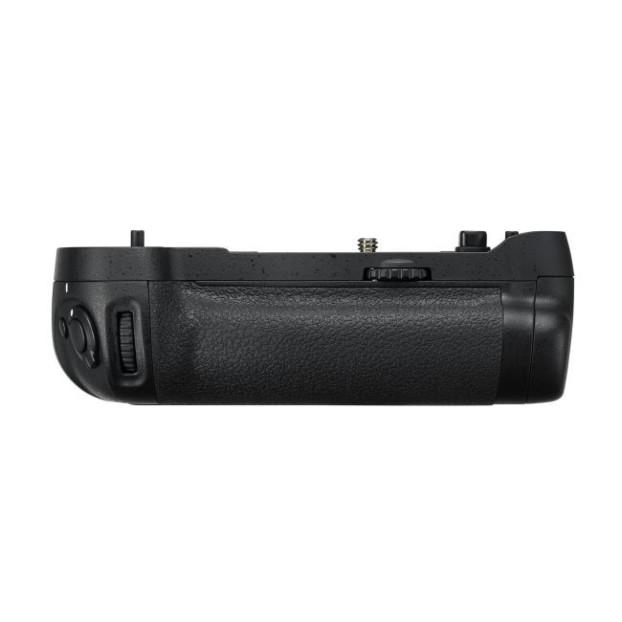 Nikon Multi Batterypack MB-D17