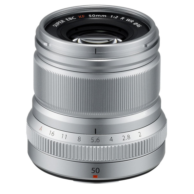 Fujifilm Fujinon XF 50mm f/2.0 R WR zilver
